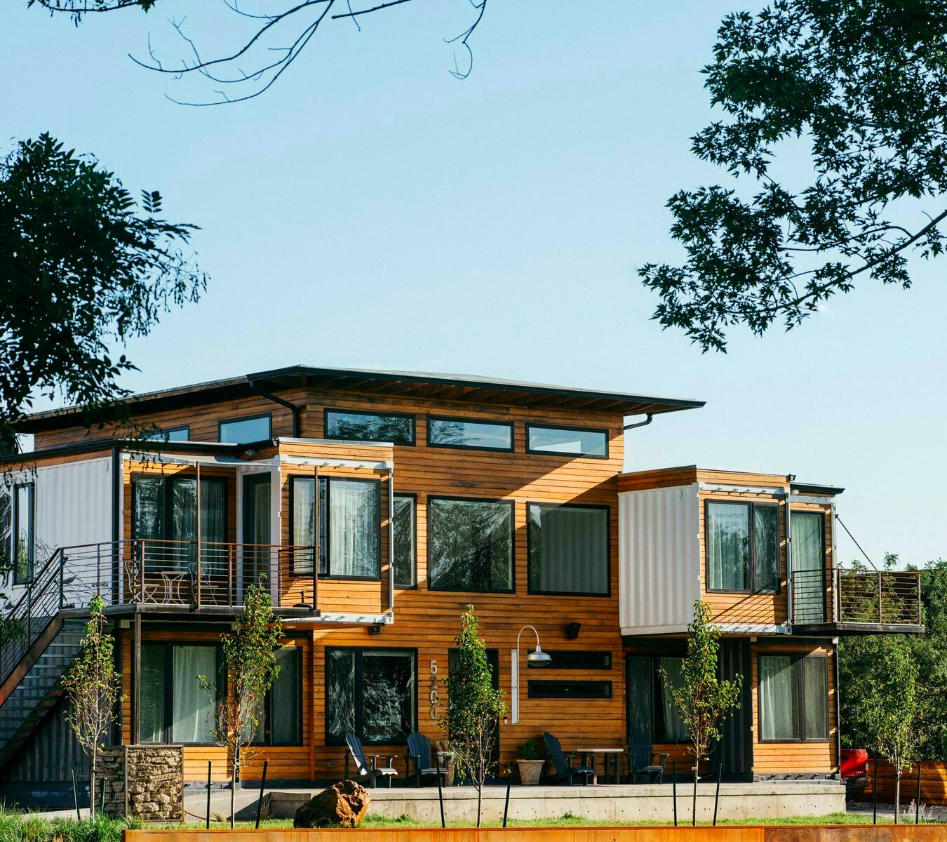 Shipping Container Homes & Buildings: Beautiful 3000 sqft ...