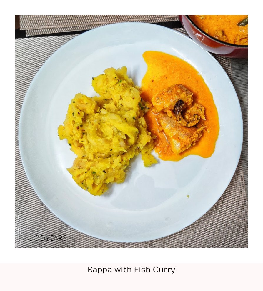 Kerala breakfast - kappa with fish curry