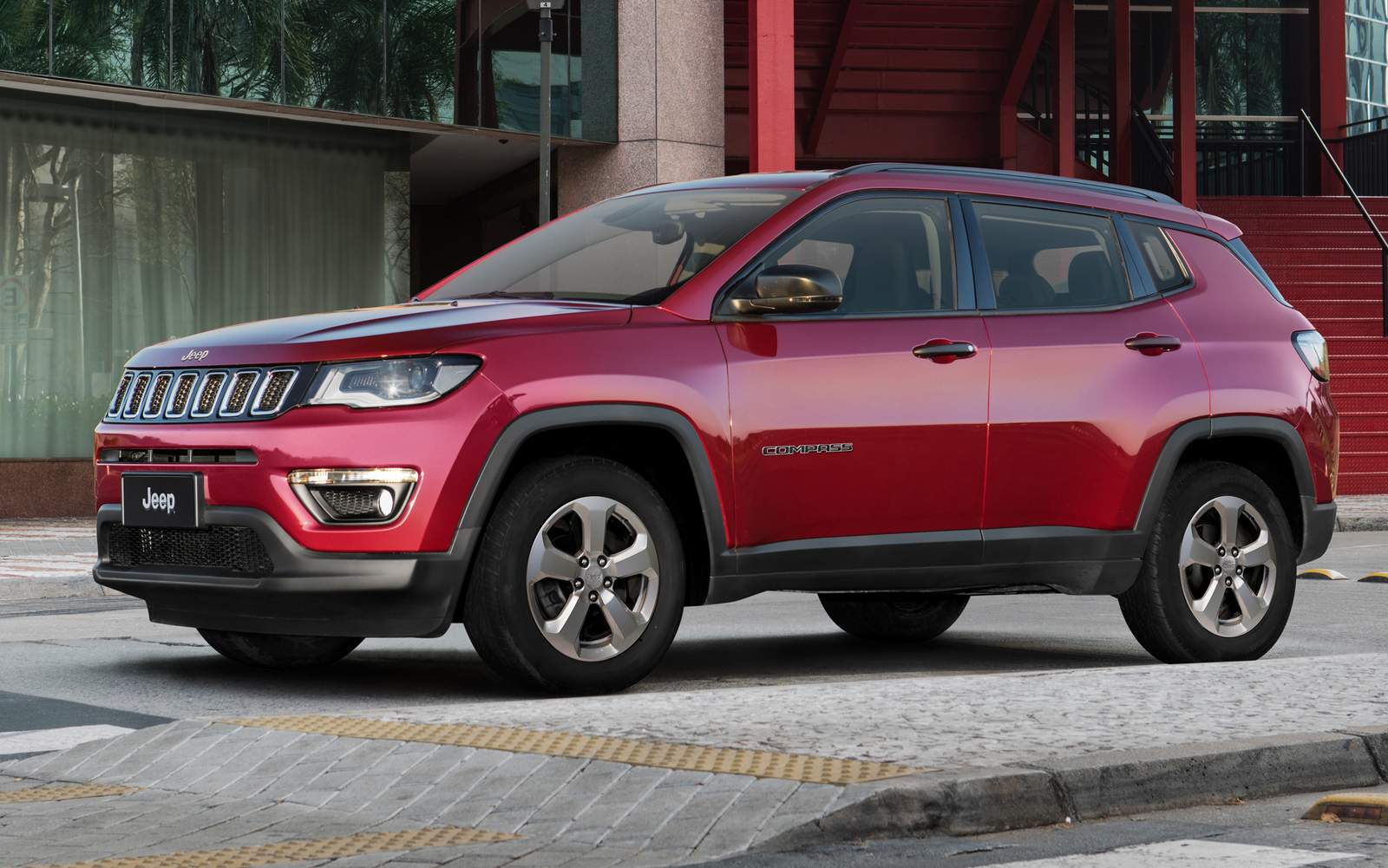 jeep compass sport 2017 fotos da vers o de r car blog br. Black Bedroom Furniture Sets. Home Design Ideas