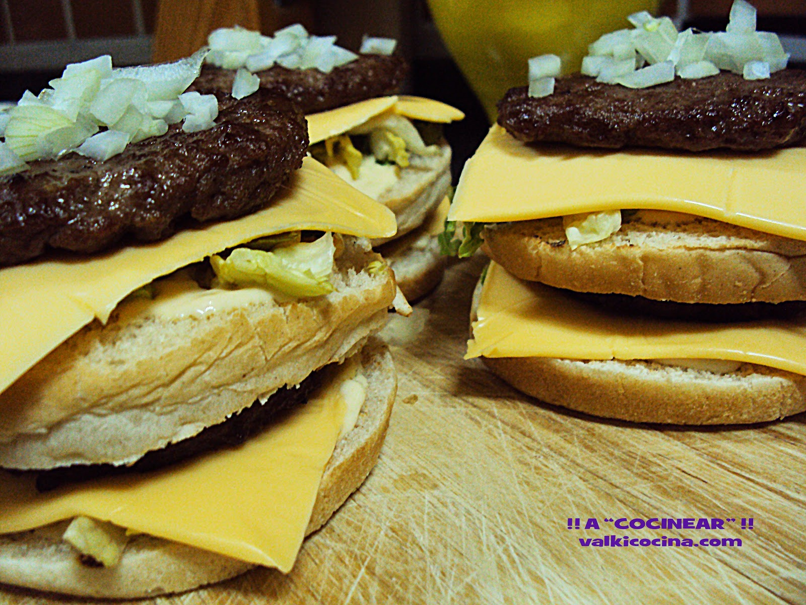 Hamburguesa y salsa Big Mac caseras