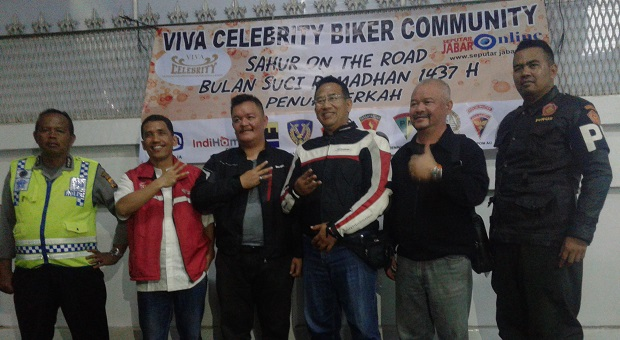 Viva Celebrity Biker Community Gelar Sahur on The Road