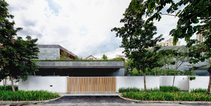 The Wall House by FARM Architects from the street