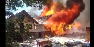 BREAKING NEWS! Empat Rumah Hangus Terbakar di Sianjur Mulamula Samosir