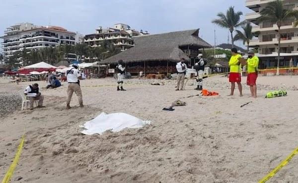 Héroe: Mesero pierde la vida tras rescatar a niña que se ahogaba en Puerto Vallarta