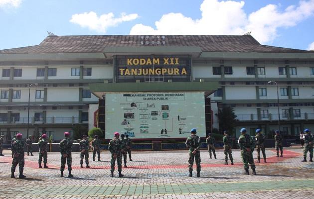 Jelang New Normal di Kalbar, TNI-Polri Gelar Latihan Pendisiplinan Pelaksanaan Protokol Kesehatan