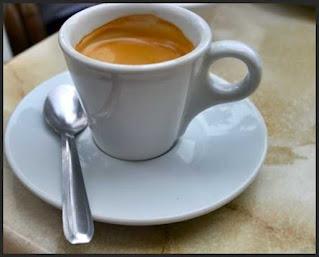 este cafeaua rece toxica nociva