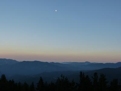 Paysage crépuscule Pyrénées orientales