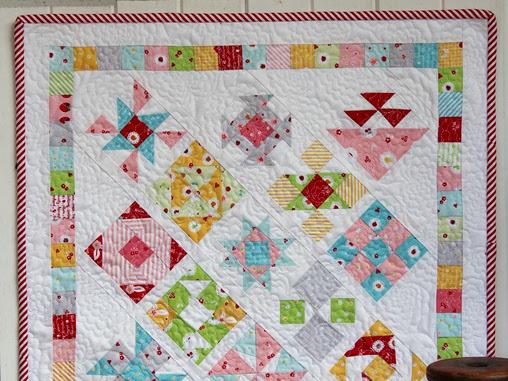 Ma Petite Mini Quilt + Your Free April 2017 Calendar