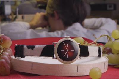 Αυτό το ρολόι αξίζει ένα εκατομμύριο και είναι φτιαγμένο από... τυρί!