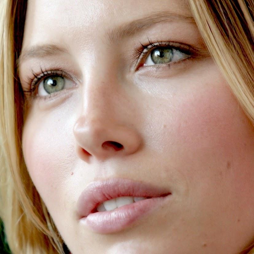 Jessica Biel.
