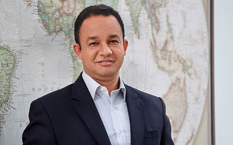 Untuk Pak Anies, Belajarlah Menjadi Gubernur Yang Dicintai