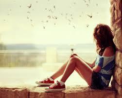 Puisi Lelahku   Senja di ufuk Merajuk pilu menusuk Radang hati membeku Sejati dalam sembilu   Berjuta pertanyaan menderu Adakah kebahagiaan untukku   Tuhan peluk aku Dalam kubangan berbatu Sakit terasa kaku Kapan kah ini berlalu?   Cinta Mu sungguh membuaiku Dalam angan tak tertuju Terhenti detak jantungku Akhir dari deritaku.  Di dekap Mu Aku Bahagia. Syurga.    Sumber
