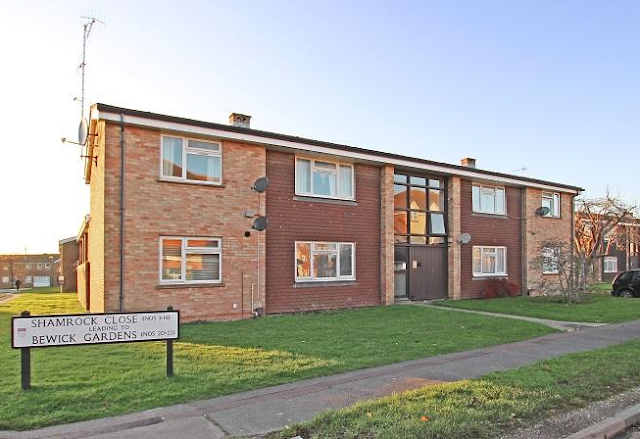 2 bed flat, Shamrock Close, Chichester, West Sussex