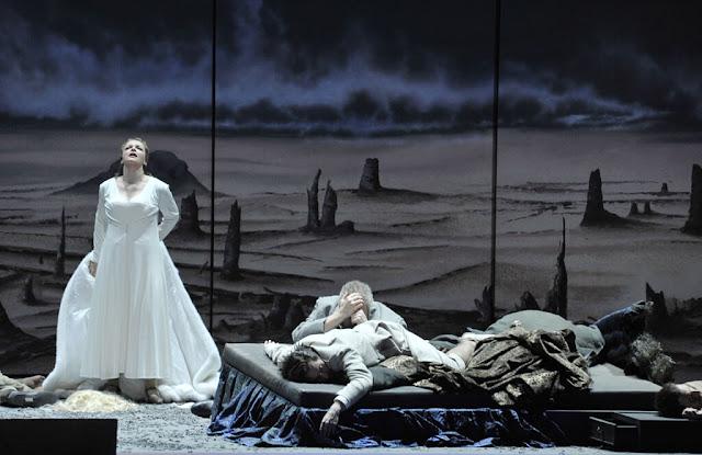 Richard Strauss' Die ägyptische Helena at Deutsche Oper, Berlin in 2016 with Ricarda Merbeth as Helena  (Photo: Marcus Lieberenz)