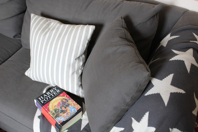 sofa with star blanket