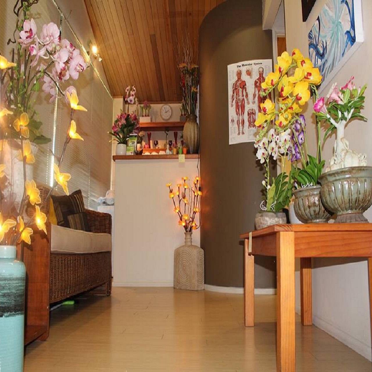 Cattleya Orchid Massage