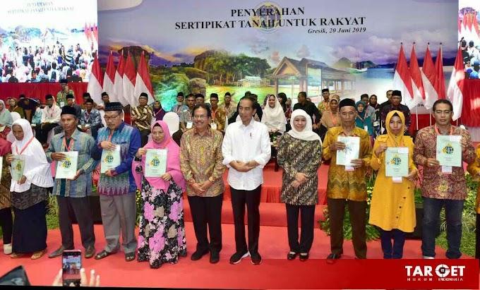 Presiden Joko Widodo : Seluruh Bidang Tanah di Gresik Bersertifikat Pada 2024