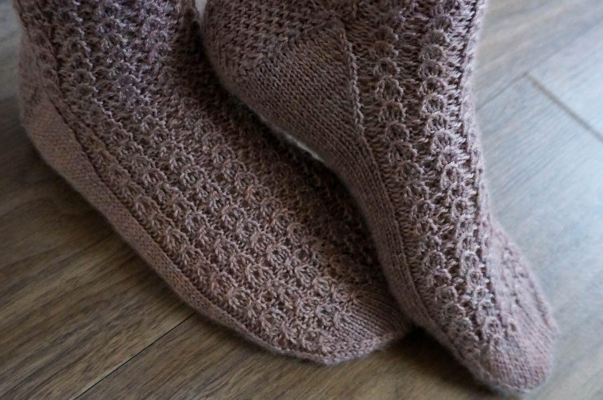 Shell Cottage socks