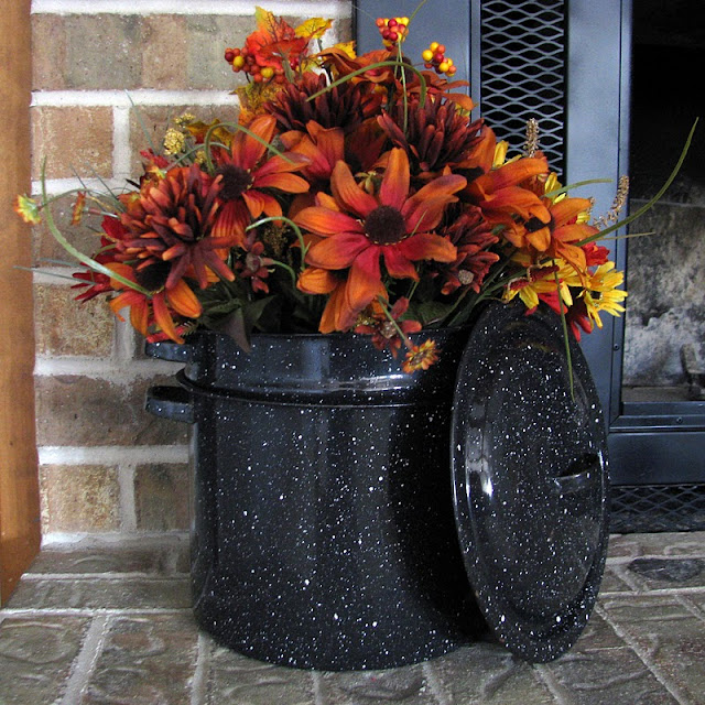 Frugal Home Decorating: Clover House: Frugal Fall Decorating