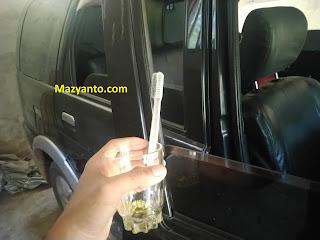 Penyebab dan Cara Memperbaiki Kaca Pintu Mobil (Power Window) Seret atau Bunyi saat naik turun