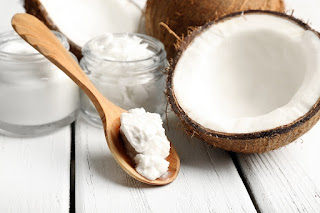 Best Benefits of Coconut Scrubs For Beauty