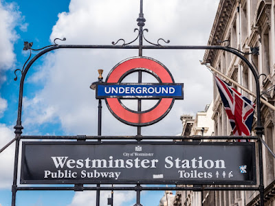 Westminster station underground sign_by_Laurence Norah