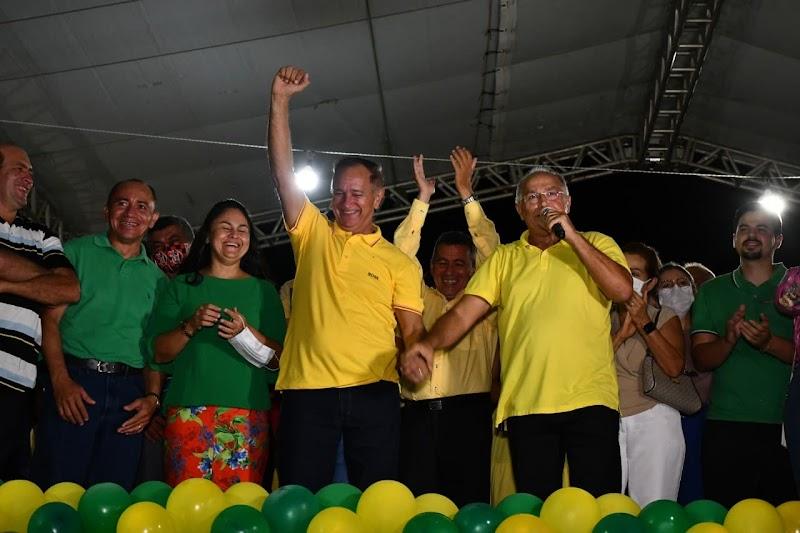 Rui Filho realiza a maior convenção da história de Arari.