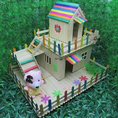 บ้านไม้ไอติมสองชั้น