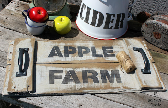 Early Fall Rustic Decor Ideas #stencil #Oldsignstencils #Applefarm #pallettray #earlyfalldecor #appledecor