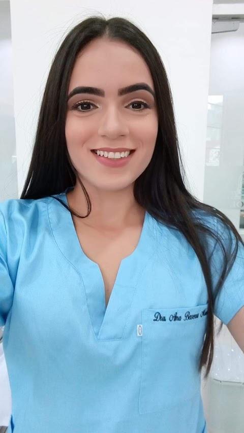 Esperantinopense Ana Bezerra é aprovada no Revalida