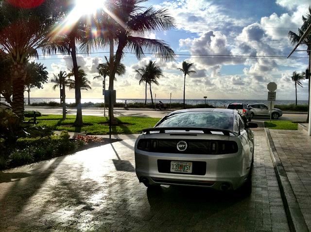 Qual modelo de carro alugar na Flórida