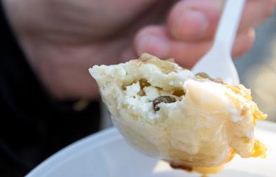 Головна їжа Масляної - вареники з сиром