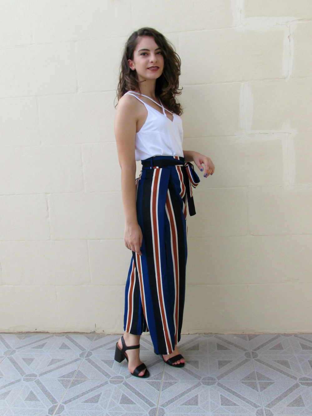 How to Style Palazzo Pants / What Sarah Writes