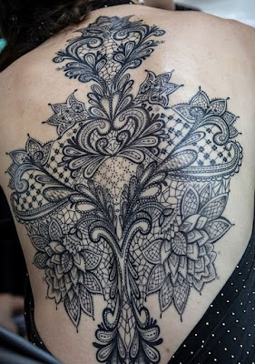 Latest-Stylishly-Challenging-Back-Tattoos-Ideas-for-Women-12
