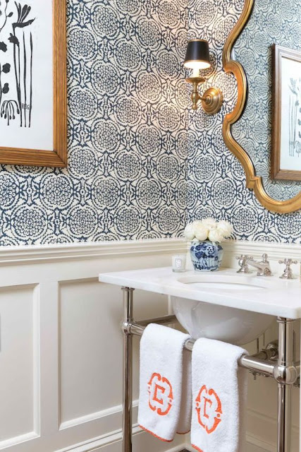 Blue and White Bathrooms - Decor Inspiration