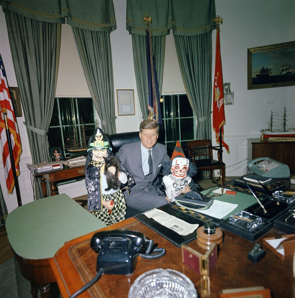 replica jfk white house oval office. Replica Jfk White House Oval Office. Halloween Visitors To The Office, Office