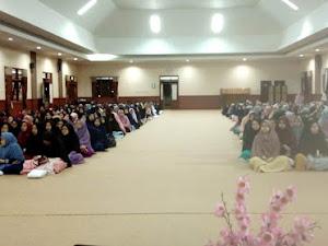 Seminar Parenting di Pondok Al-Izzah International Islamic Boarding School