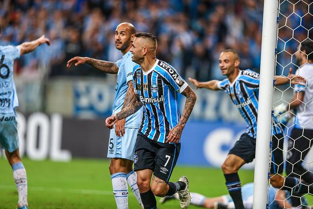 8f11dd4486 LANCE! Espresso ⚽ O destino de Luan  reforçar rivais do futebol brasileiro  seria um erro tremendo do Grêmio