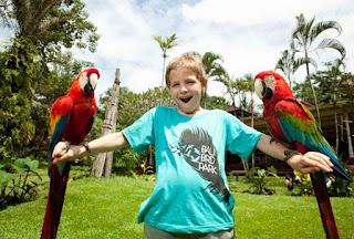 http://www.teluklove.com/2017/02/pesona-keindahan-wisata-bali-bird-park.html