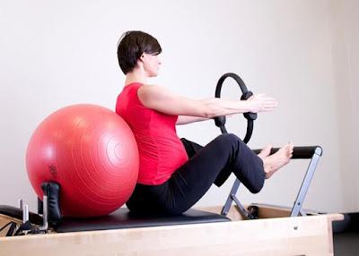 الاسترخاء الرياضة المفيدة للمرأة الحامل