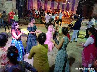 नवरात्र पर्व का समापन, नवमी की पूरी रात गरबाें की रही धूम, माता के पंडालाें में उमड़ा गरबा प्रेमियों का सैलाब