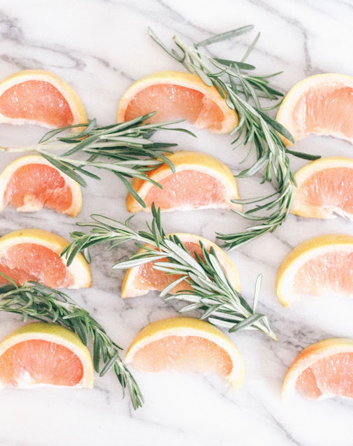 Rosemary Grapefruit Champagne Fizz