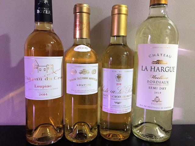 Sweet wines of Bordeaux Loupiac Sainte-Croix-du-Mont