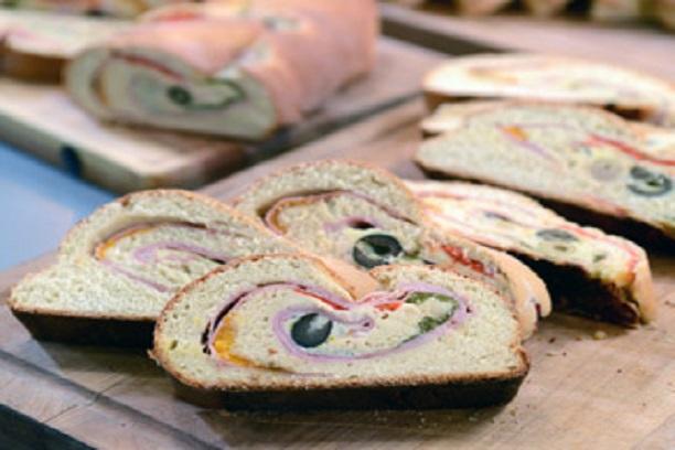 Pan relleno salado casero