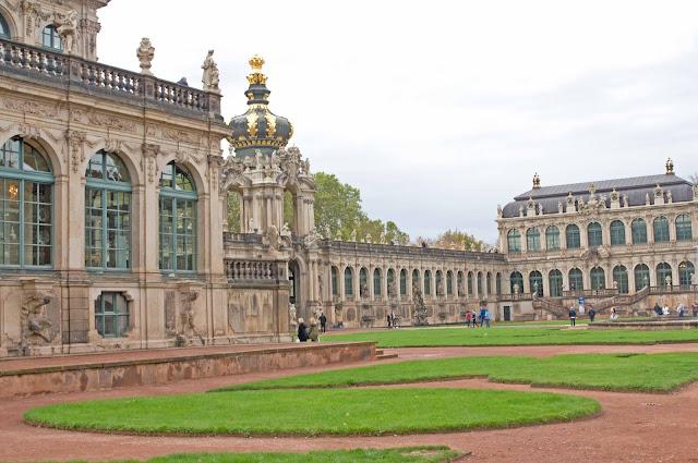 kompleks architektoniczny Zwinger w Dreźnie, stolica Saksonii