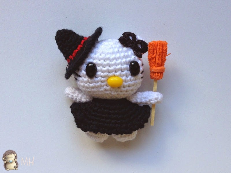 Amigurumi de Hello Kitty