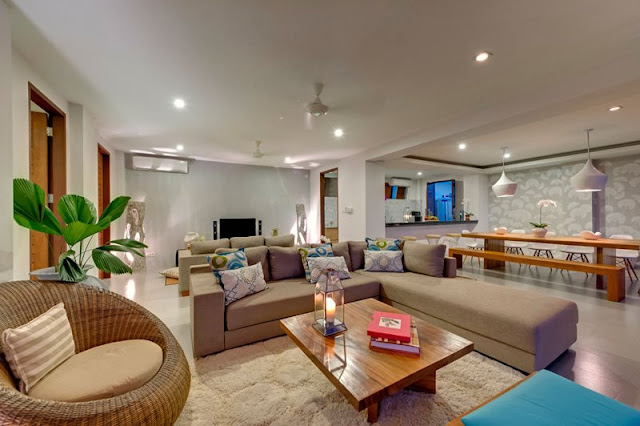 Picture of cozy bright living room in the Malimbu Cliff villa
