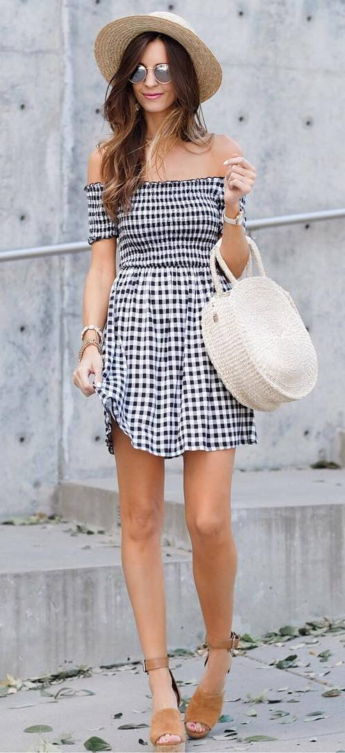 fashionable summer outfit: hat + bah + dress