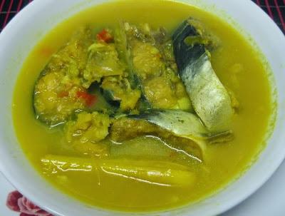 Ikan Patik Masak Bumbu Kuning