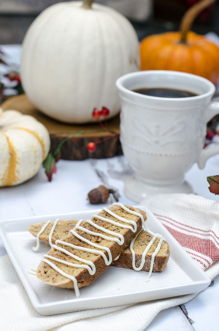 Biscotti with white chocolate drizzle